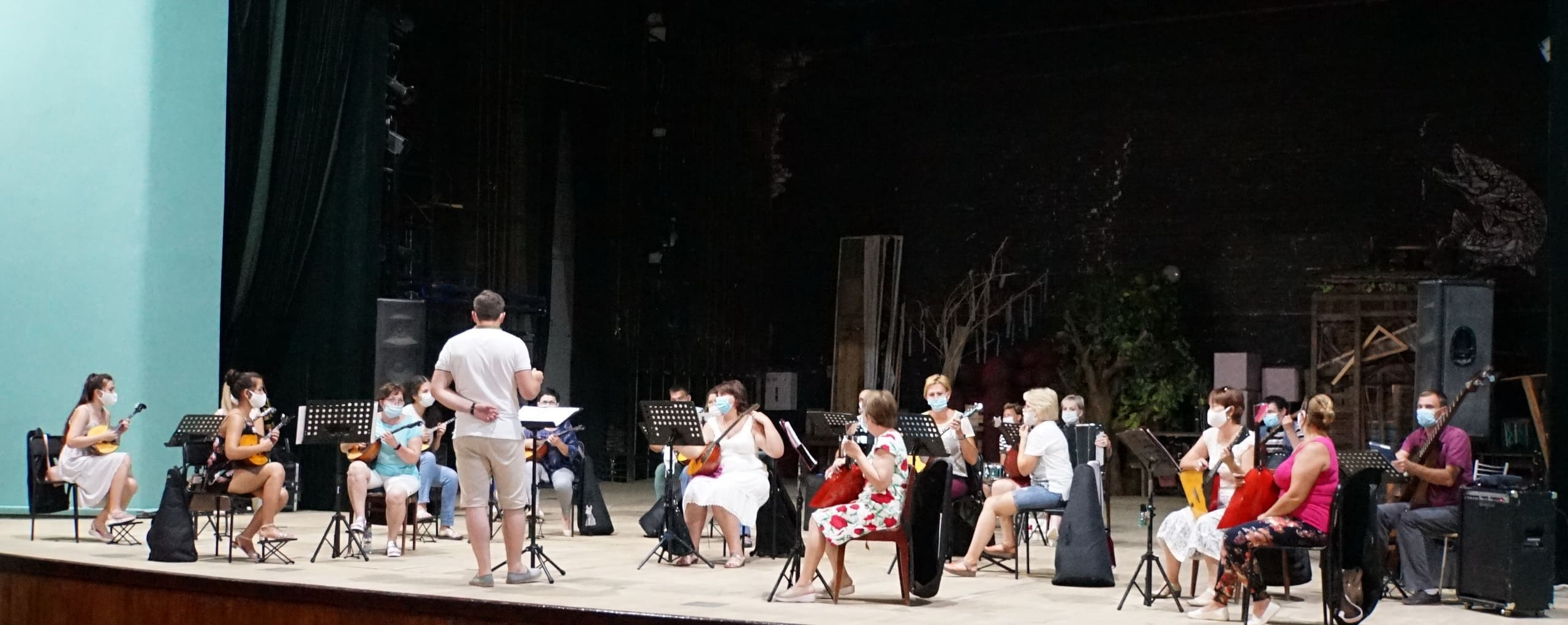 Коллективы филармонии приступили к работе после отпусков